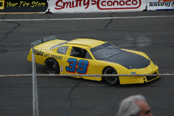 Late Model Racing at Yakima Speedway